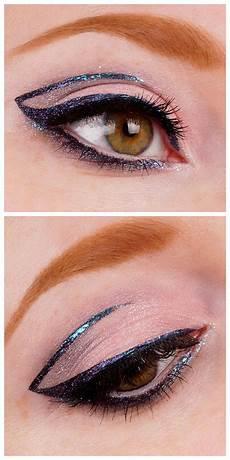 augen make up dezent blau look galaxy liner eyeliner blau lila eyeliner und