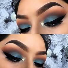 blue eyeshadow makeup eyebrows maquillaje de ojos