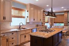 kitchen island with stove kitchens w island cooktop