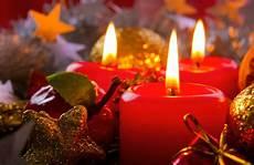 immagini candele natalizie immagini di candele natalizie