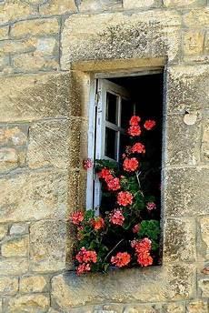 fioriere per davanzale finestra window finestre antiche fioriere per davanzale e finestra