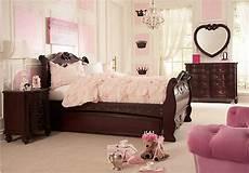Disney Princess Bedroom Disney Princess Cherry 5 Pc Sleigh Bedroom