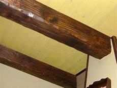 finte travi per soffitto finte travi in legno per soffitti pannelli termoisolanti