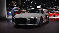 R8 Lights Audi R8 Exclusive Edition Uses Its Laser Beams To Light Up