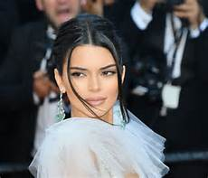 you have to see kendall jenner revisit her cheerleading