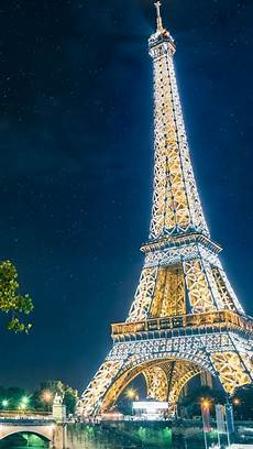 eiffel tower wallpaper for iphone eiffel tower at iphone wallpapers in 2019 eiffel