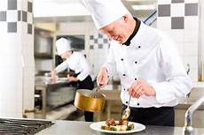Saucier Chef Solo Dining Is On The Rise