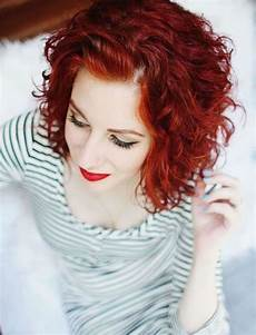 kurzhaarfrisuren krauses haar 31 most magnetizing curly hairstyles in 2020 2021