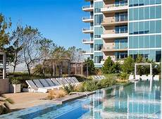 Amli Design District Pool How About A Salt Water Infinity Edge Pool With Underwater