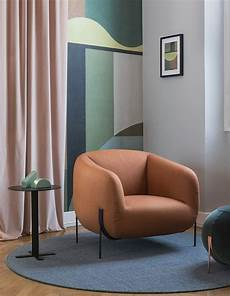 Arm Rest Table For Sofa 3d Image by The Arm Width Of This Bulging Chair Is Slightly Different