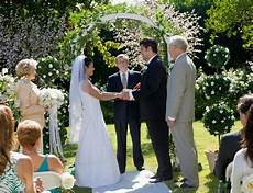 Guide To The Etiquette Of Vow Renewal