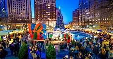 Park In Philly With Lights The 15 Must See Holiday Attractions In Philadelphia For