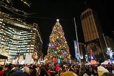 Christmas Tree Lighting Seattle 2017 Detroit S Tree Lighting Kicks Off Downtown Holiday