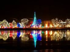 Pittsburgh Christmas Lights 2016 11 Best Christmas Light Displays In Wisconsin 2016
