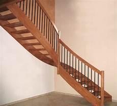 corrimano scale in legno falegnameria ceriotti