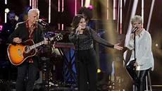 Go Light Your World American Idol American Idol Heartbreaker 3 Go Home As Contestants