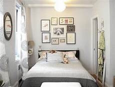 Decorating Ideas Small Bedrooms 25 Awesome Small Bedroom Decorating Ideas Designs