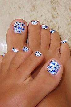 Cute Beach Toenail Designs 30 Toe Nail Designs To Keep Up With Trends Funky Nails