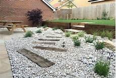 ghiaia da giardino ghiaia da giardino complementi arredo giardino