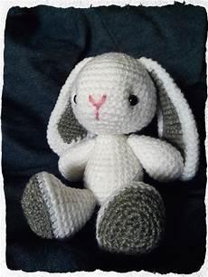 conejo blanco amigurumies
