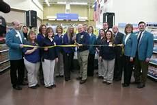 Walmart In Silvis Wal Mart Opens In Silvis Hola America News