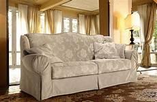 disposizione divani soggiorno divani classici scegli un fascino senza tempo per il tuo