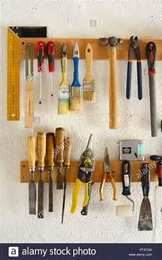 Werkzeug Knarreholzverarbeitung holzbearbeitungswerkzeug stockfotos