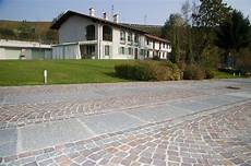 pavimentazione cortili esterni pavimentazione esterna pietra pietre piastrelle per