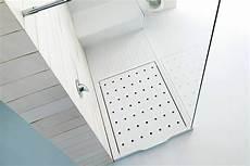 piatto doccia corian piatto doccia e parete in corian andreoli corian