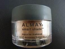 Almay Smart Shade Light Almay Smart Shade Mousse Makeup Foundation Light