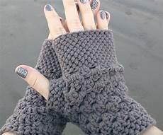 crochet gloves for all seasons thefashiontamer