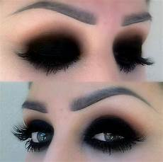black eyeshadow makeup how do they do this i need help