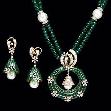 A Sirkar Jewellers Design Indian Jewellery And Clothing Emerald Pendant Sets From