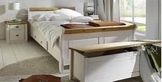 schlafzimmer massivholz landhausstil massivholz schlafzimmer komplett set wei 223 gelaugt landhausstil