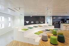 Designer Office Seating Anfiteatro Libraries In 2019 Tiered Seating Office