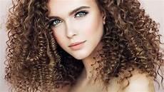 10 hair color ideas for curly hair l or 233 al
