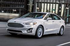 2019 Ford Fusion 2019 ford fusion look seventh year itch motor trend