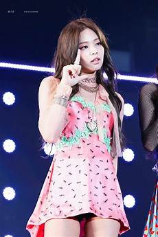 blackpink jennie wore this dress on stage and fans freaked