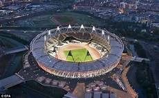 London Olympic Stadium Lights London 2012 Olympics Olympic Stadium Guide Daily Mail