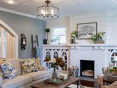 Joanne Designs Photos Hgtv S Fixer Upper With Chip And Joanna Gaines Hgtv