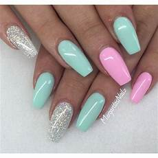 Light Pink And Green Nails Beautiful Pink Green And Silver Nails I Wish I Could Have