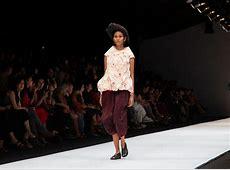 Jakarta Fashion Week 2020: Dewi Fashion Knights 2019