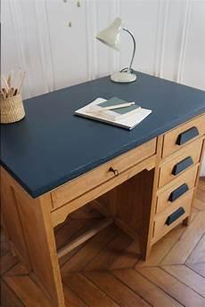 bureau de comptable vintage disponible sur www petit toit fr mobilier de salon relooking