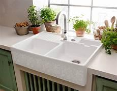 lavello cucina in ceramica lavello quale materiale scegliere per il lavandino della