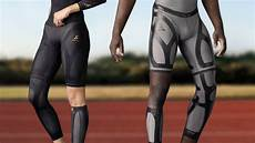 how compression gear can improve frisbee performance