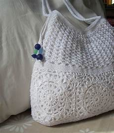 umme yusuf summer crochet bag