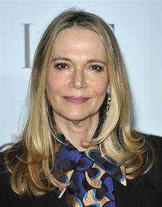 how tall is peggy lipton how tall is man