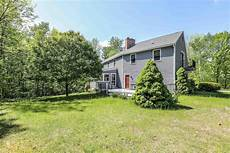 Harbor Group Bedford Nh 11 Camelot Drive Bedford Nh 03110 Mls 450 000