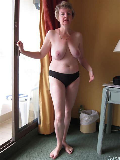 Bif Naked Pics