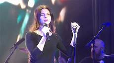 Del Rey Uk Charts Quot Ride Quot Del Rey Live Brixton Academy London Uk